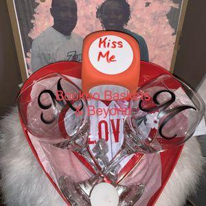 Valentines Gift Set for Sale in Lawrenceville, GA