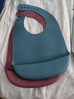Silicone baby bibs for Sale in San Diego, CA