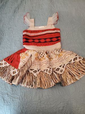 Moana outfit size 4t for Sale in Brooklyn, NY