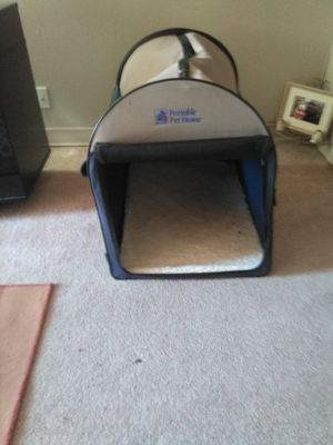 Portable Dog House w carrying case for Sale in Evansville, IN