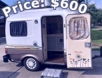 1984 Vintage camper Tandem Axle - $6OO for Sale in Newburgh Heights,  OH