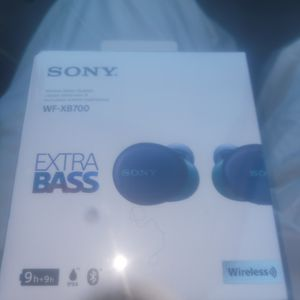 Sony Wireless Stereo Headset WF-XB700 for Sale in Memphis, TN