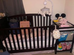 Crib with changing table for Sale in Greenville, NC