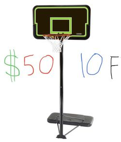 Basketball Hoop With Adjustable Height for Sale in Issaquah,  WA