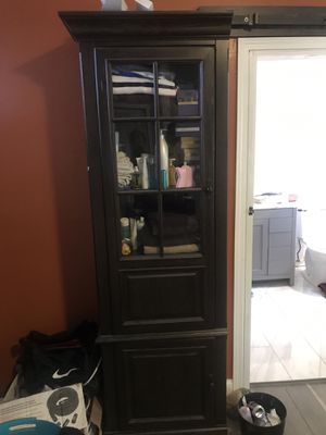 """84"""" Linen cabinet with glass window and 4 shelves for Sale in Atlanta, GA"""