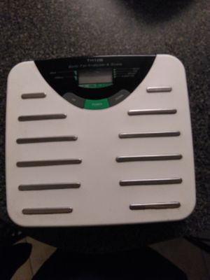 Bathroom scales (2). Digital body fat analyzer and scale Taylor brand and regular scale not digital for Sale in Davenport, FL