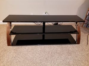 Tv stand fits a 55inch tv for Sale in Oshkosh, WI