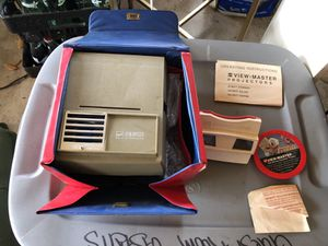 GAF View Master Projector and Portable ViewMaster with case and Films- Works Great for Sale in Houston, TX