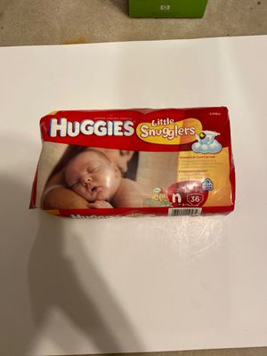 Huggies Little Snugglers Newborn Jumbo Diapers 36 Count for Sale in Richardson, TX