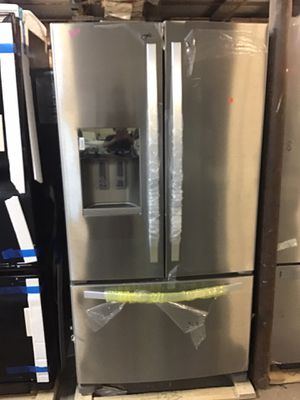 Whirlpool stainless steel French door refrigerator for Sale in Columbus, OH