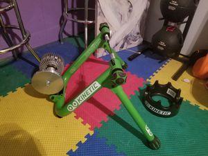 Bike trainer kinetic for Sale in Cinnaminson, NJ