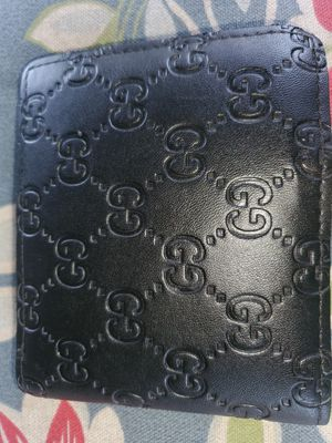 Gucci wallet all black very great,condition for Sale in Tampa, FL