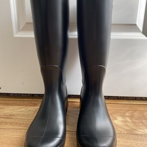 UGG Rain Boots for Sale in Mather, CA