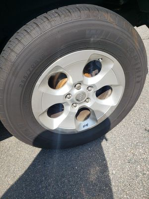 18 09 jeep wrangler Sahara wheels and tires for Sale in Providence, RI