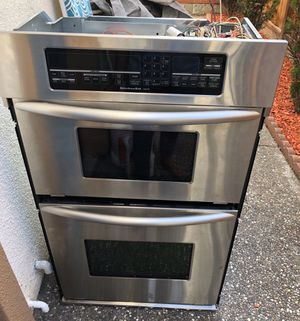 Kitchen aid Microwave and Oven range for Sale in Fremont, CA