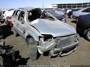2006 Ford Escape XLT for parts for Sale in Phoenix, AZ