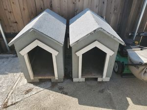 Dog houses for Sale in Highland, CA
