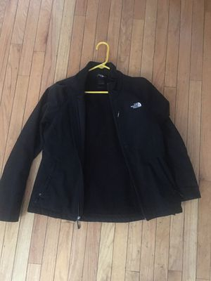 North face Womens jacket for Sale in Chicago, IL