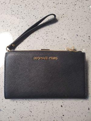 Michael Kors - Adele leather smartphone wallet for Sale in St. Petersburg, FL