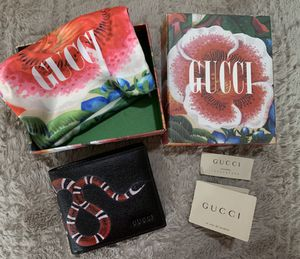 Wallet Gucci for men for Sale in Miami, FL