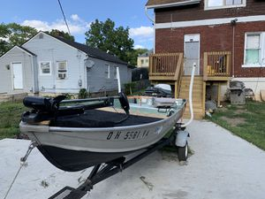 John boat 12ft for Sale in Columbus, OH