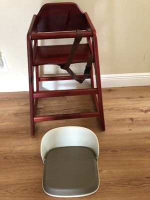High chair and Booster Seat for Sale in Boca Raton, FL