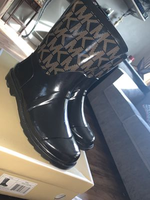 Michael Kors Rainboots for Sale in Palmdale, CA