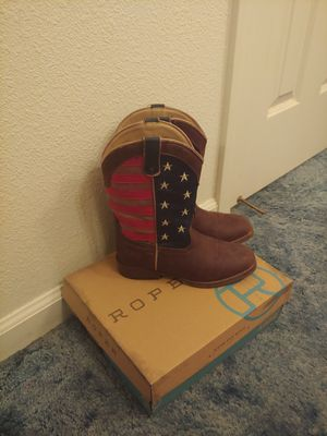 Roper boots girl size 3 for Sale in Selma, CA