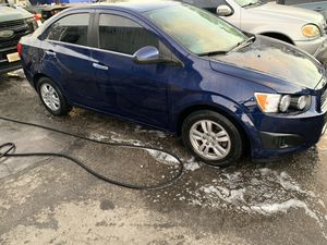 Chevy sonic 14 for Sale in Miami, FL