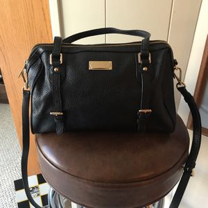 Michael Kors Leather Bag With Crossover Strap for Sale in Monroe, CT