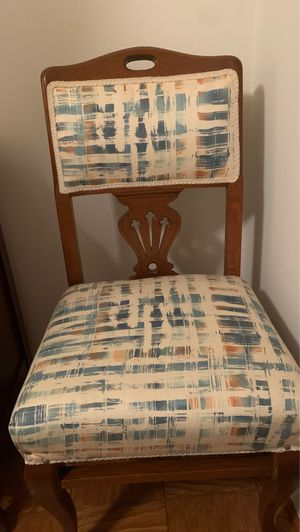 Antique Chair for Sale in Farmers Branch, TX