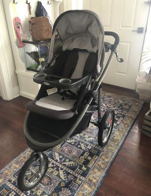 Graco Modes Travel Jogger with Infant Carrier and Car seat for Sale in Everett, WA