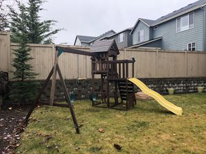 Kid's play set for Sale in Snoqualmie, WA