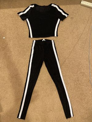 Matching 2-Piece Set Size Sm for Sale in Las Vegas, NV