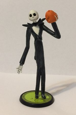 """Nightmare Before Christmas Jack Skellington Holding Pumpkin 4"""" Figurine for Sale in Molalla, OR"""