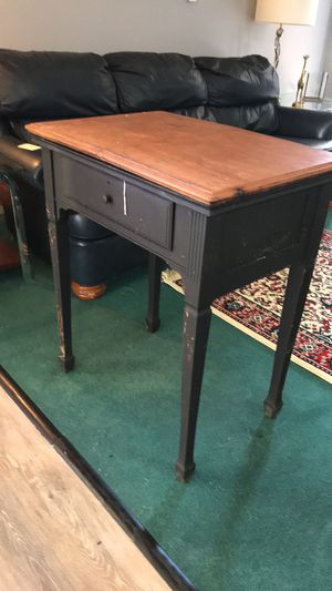 Sewing table for Sale in New Cumberland, PA