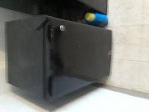 Small refrigerator for Sale in Detroit, MI
