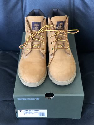 Original Timberland Boots 7M/9.5W for Sale in Long Beach, CA