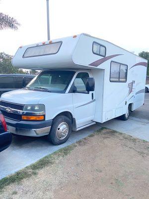 2010 coachman free lander 24 foot for Sale in Riverside, CA