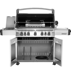 NEW Napoleon Prestige 665 With Cart BBQ Grill and Cart for Sale in St. Petersburg, FL
