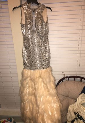 Size 12 Prom Dress.. Has been altered for a snug fit for Sale in Arlington, TX
