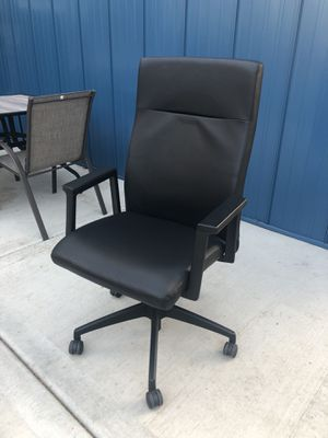 Office chairs for Sale in Chicago, IL
