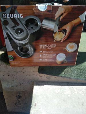 Keurig coffee maker for Sale in Yucaipa, CA