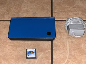 BLUE NINTENDO DSI XL WITH SUPER MARIO DS for Sale in Riverside, CA