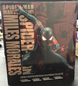 Miles morales Spider-man artfx statue magnetic base. Spiderman collectible for Sale in Queens, NY