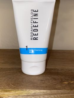 Rodan Fields Redefine Step 1 Daily cleansing Mask Face wash Anti Aging for Sale in Largo,  FL