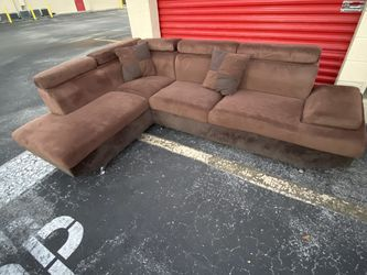 Brown Microfiber Sectional | Free Delivery for Sale in Weston,  FL