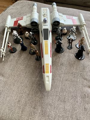 "Hasbro Star Wars Giant X-Wing Fighter Ship R2D2 Toy Large 29"" With Figures for Sale in Halethorpe, MD"