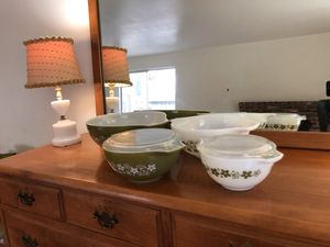 Vintage Corningware Set (4 + 2 Lids) for Sale in Lodi, CA