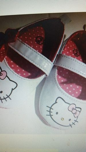 Hello kitty size 2 baby girls for Sale in Olympia, WA